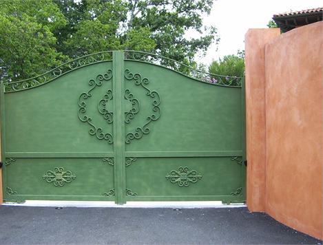 styles de portails diffrents avec le en tle ou avec tout le portail tl pour tre luabri des. Black Bedroom Furniture Sets. Home Design Ideas